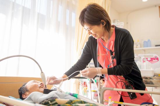 それぞれの主治医と連携し、医療的ケアを実施